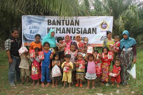 Realisasi Penyerahan Bantuan IATMI Gerakan Sosial Peduli Asap Nasional